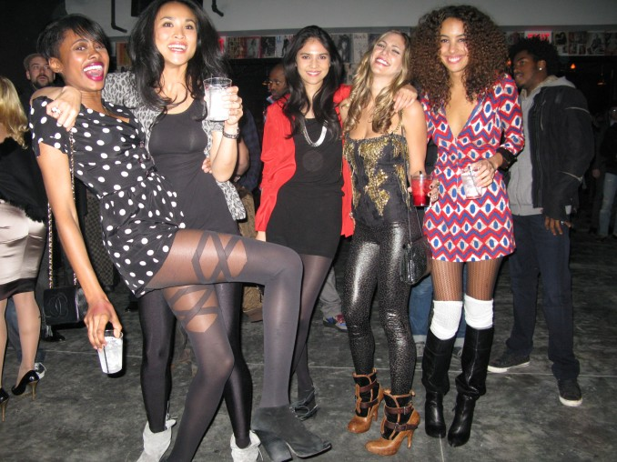 The Girls came out to show love- Mecca, Yaya, Ceralina, Skylicious, and Paloma