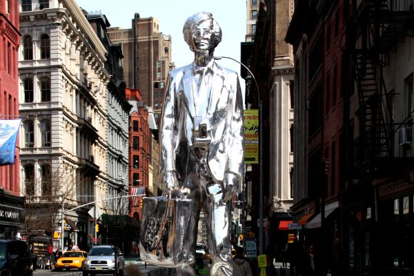Warhol Statue p2_
